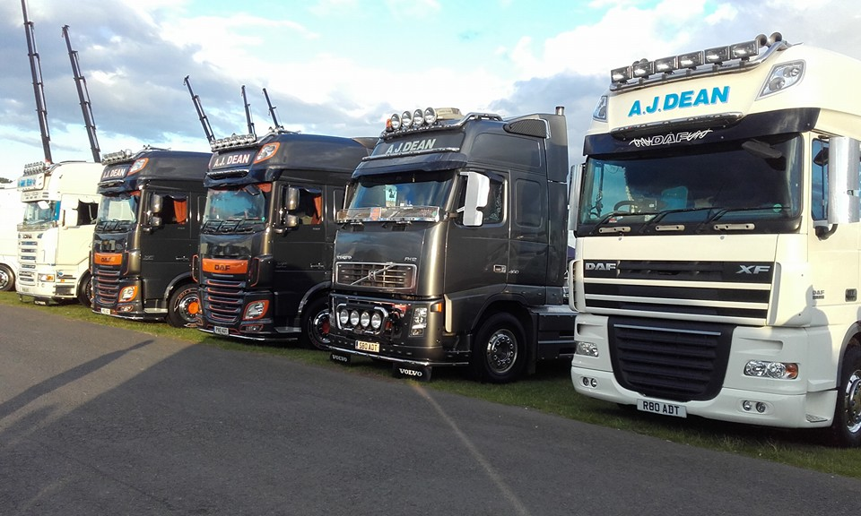 AJ Dean Transport uses Motorsparks