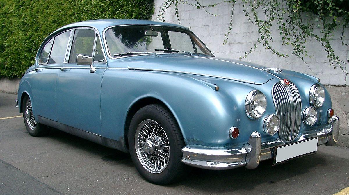 1200px-Jaguar_Mark2_front_20070822